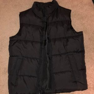 Old navy-boys Puffer vest!  Awesome condition!